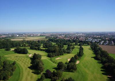 Drohnenflug über den Golfplatz Leitershofen